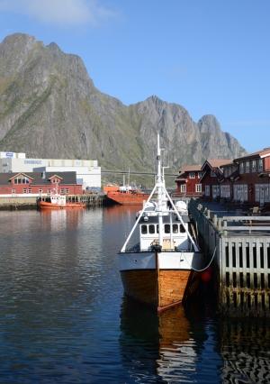 MHlofotenboat